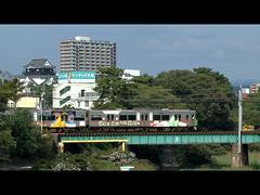 3300系実車映像:岡崎城をバックに岡崎ラッピング♪